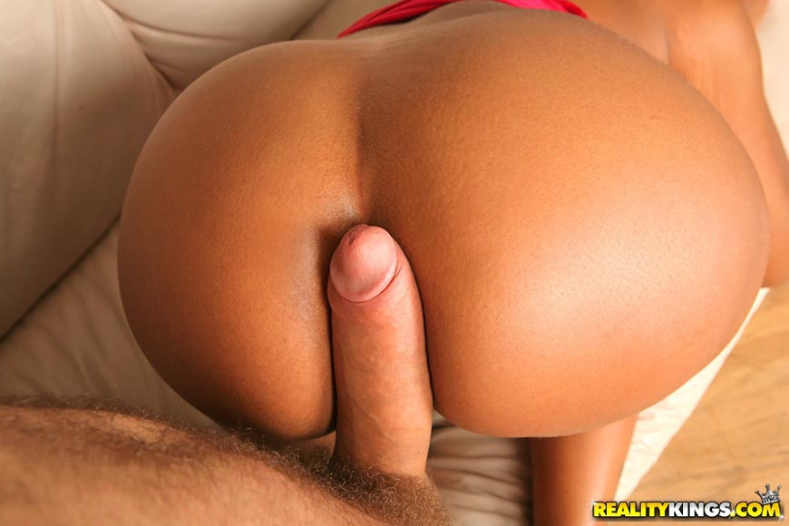 Big ass booty and big ass tits gina loves to suck bigdicksand eat pussy 2