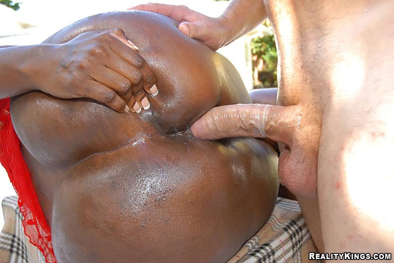Black girl with fat ass get fucked