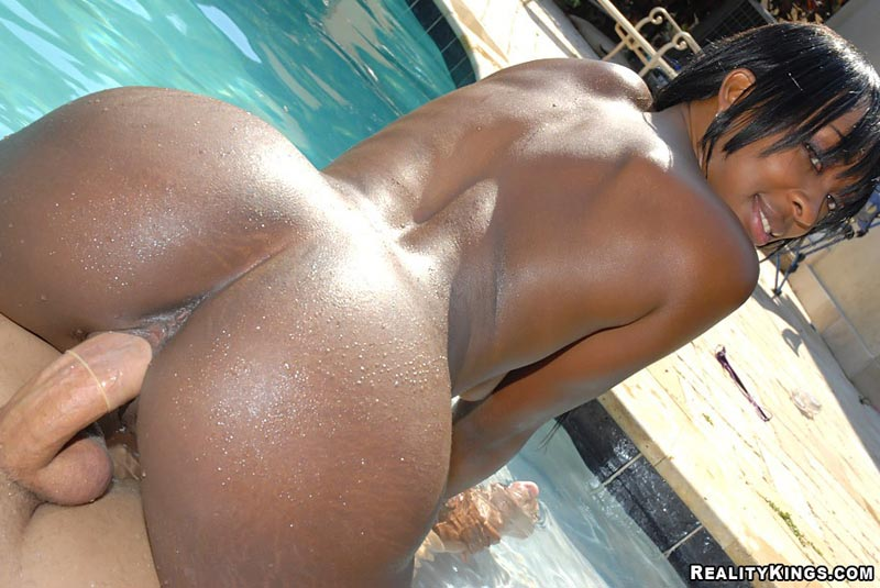 Black Girls with Round Booties Fuck By The Pool