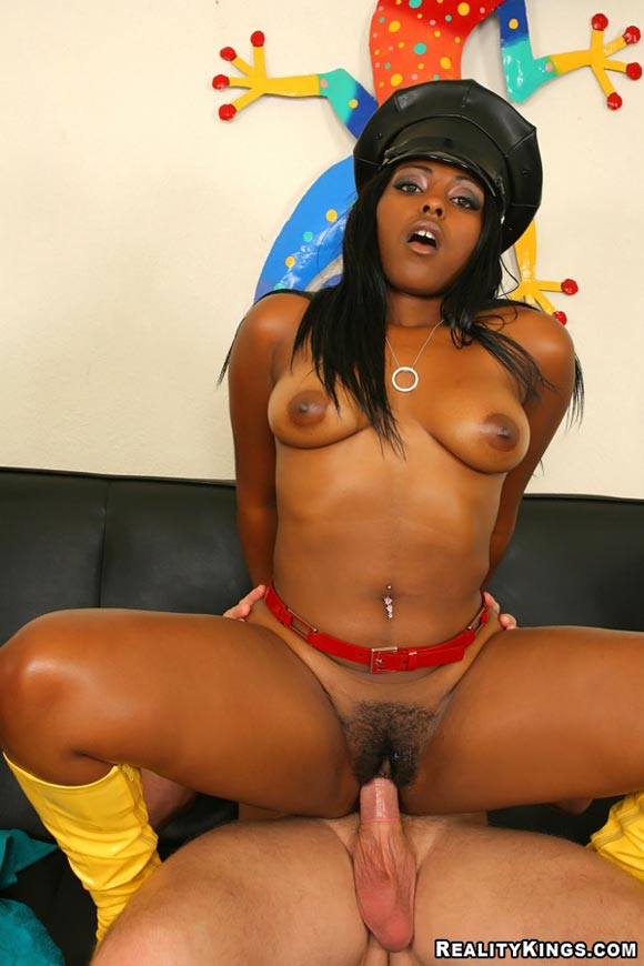Horny ebony ass fucked by two 2